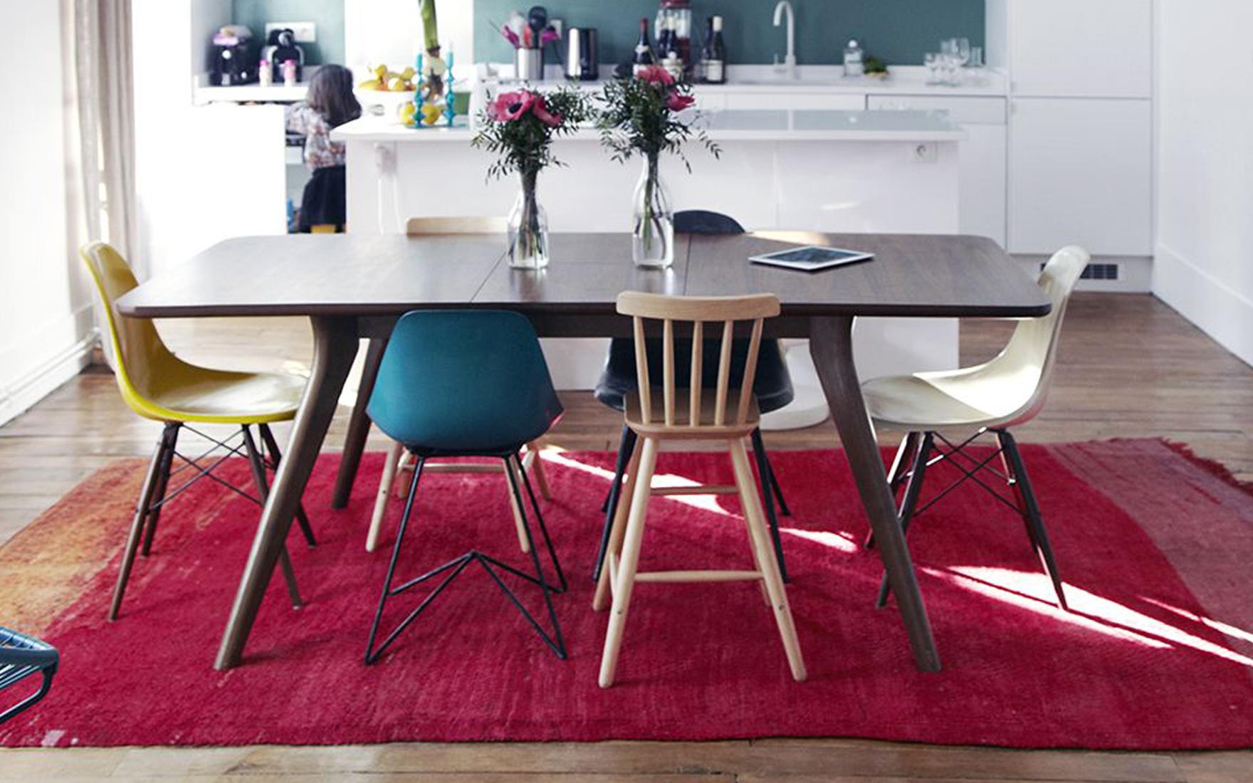 Как подобрать стулья к кухонному столу: 3 простых правила