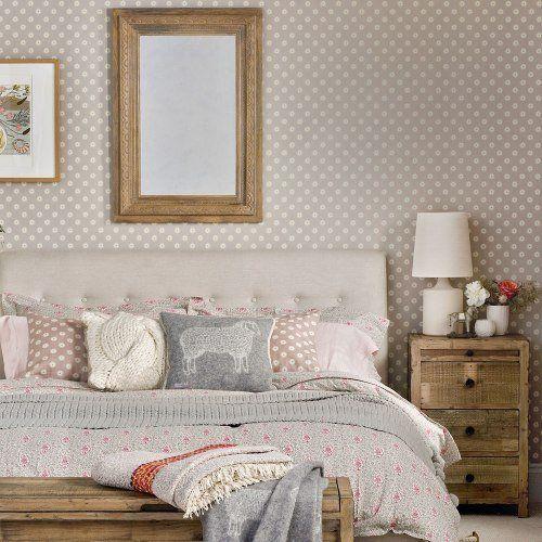 Как обустроить маленькую спальню: расставляем мебель на 9 кв.м