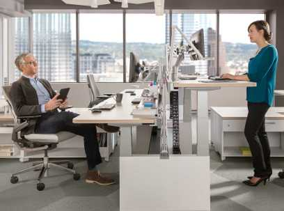 Как работать: стоя или сидя - разбираемся