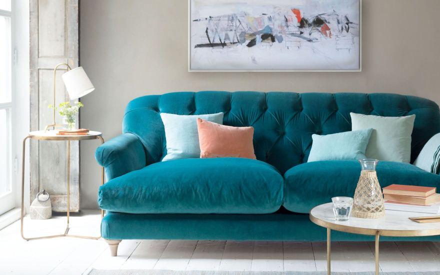 Велюр для обивки мебели: плюсы и минусы