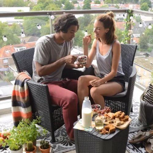 Как обустроить зону отдыха на балконе