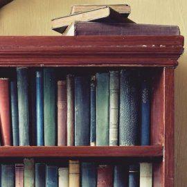 Как хранить книги: выбираем правильный книжный шкаф