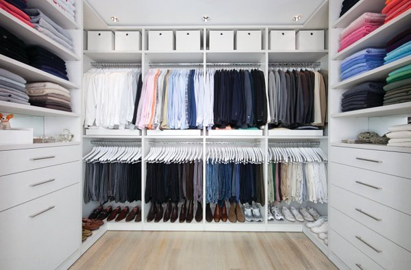 Clothing-grouped-by-color[1].jpg