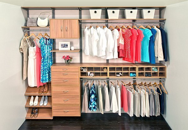 Neatly-organized-closet[1].jpg