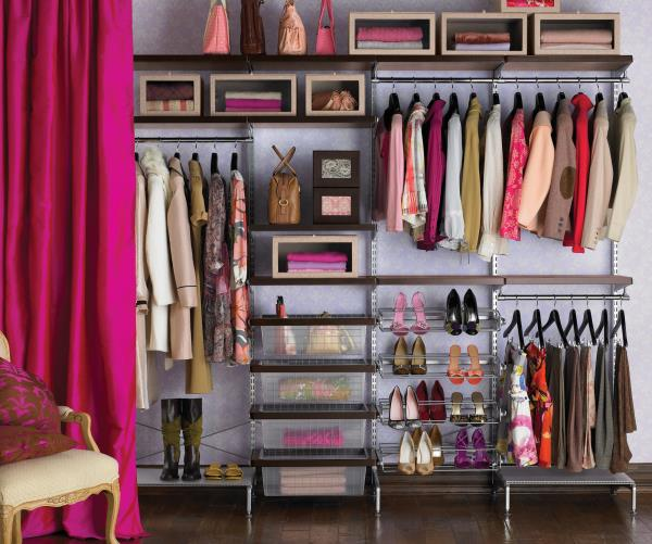 Making-the-most-of-wall-space-in-your-closet[1].jpg